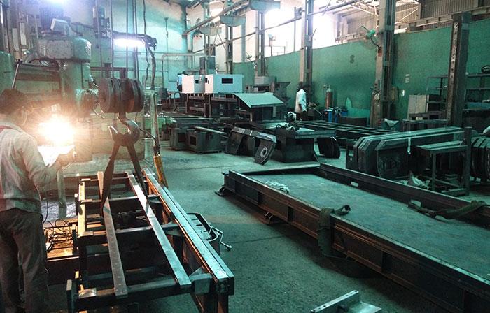 machine shop bandsaw